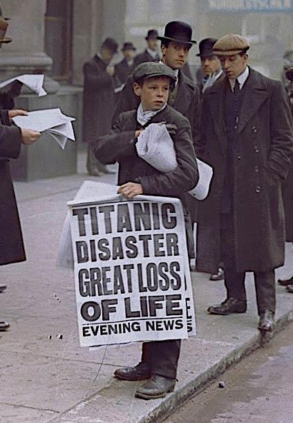 Le journaliste londonien Ned Parfett avec des nouvelles du désastre.